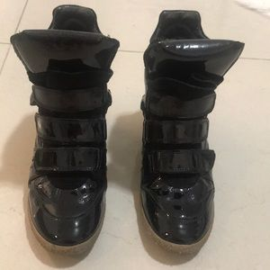 STEVE MADDEN Leather high top SNEAKERS!